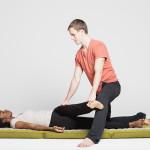 supine leg stretch